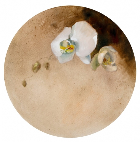 Pau Ling Yap | Fioritura (left) | Oil on circular canvas | 31cm diameter| Sold as a pair with Fioritura (right) | £4000 for pair