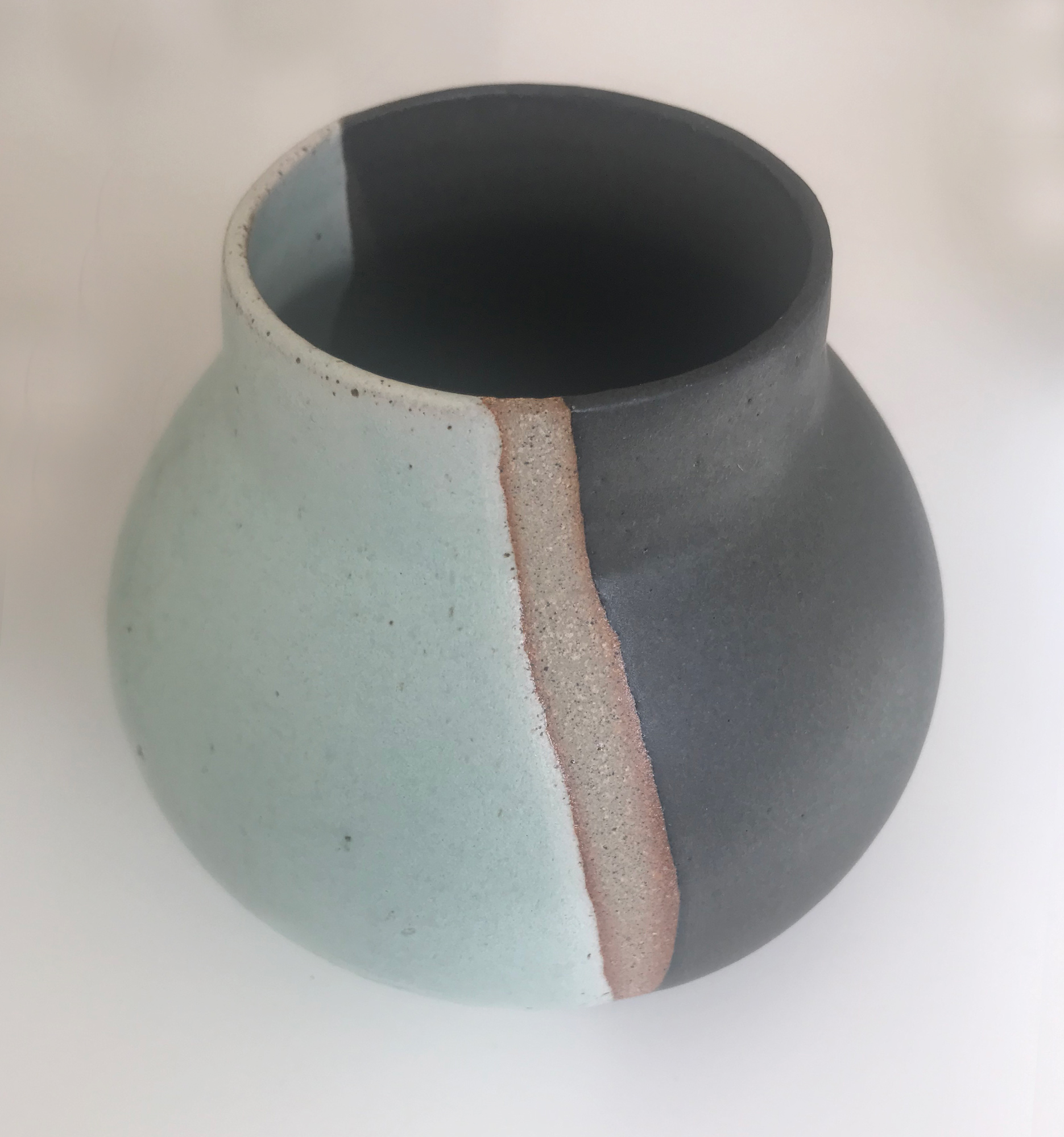 Phaedra Kouseli | Vessel | Ceramic | 14x14cm | £75